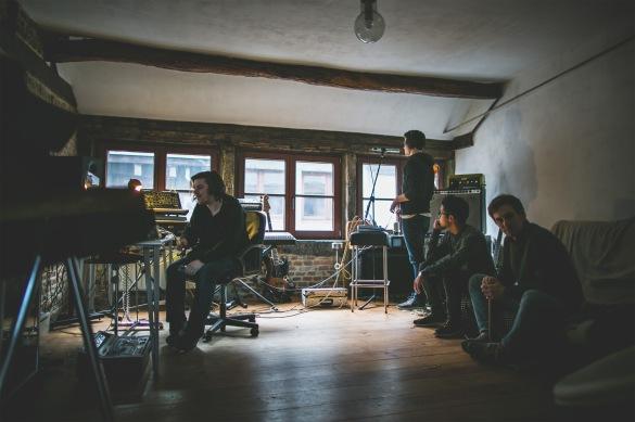 Présence du trio au sein du SQUID Studio