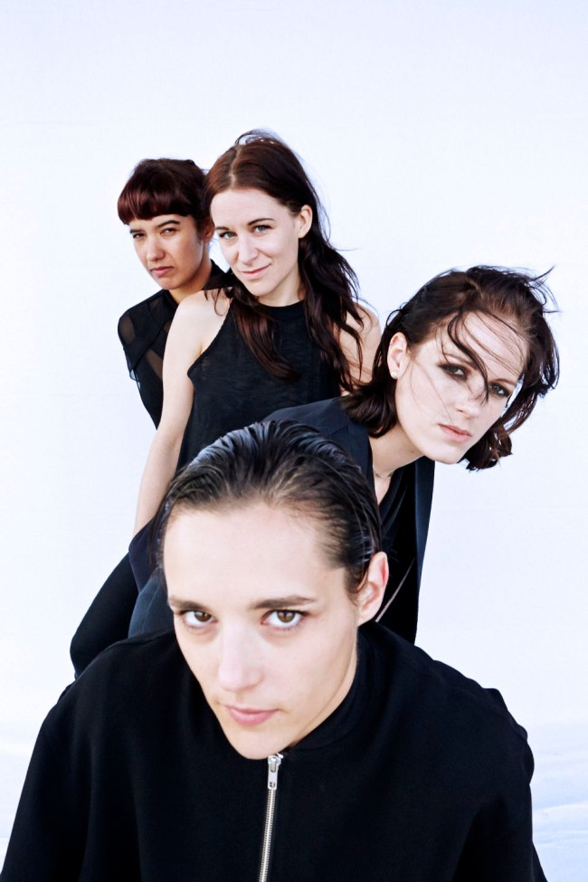 SAVAGES portrait de Colin Lane